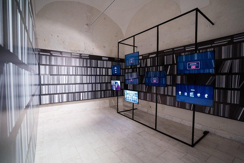 Ke svému stému výročí od založení připravila Masarykova univerzitě v Brně výstavu MUNI 100. Zdroj: Masarykova univerzita