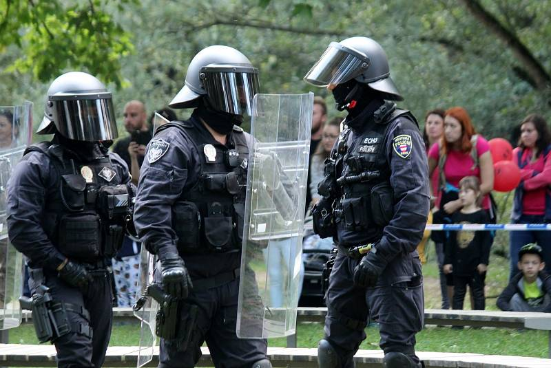 Velký zážitkový den uspořádala Městská policie Brno v úterý u dopravního hřiště na Riviéře.