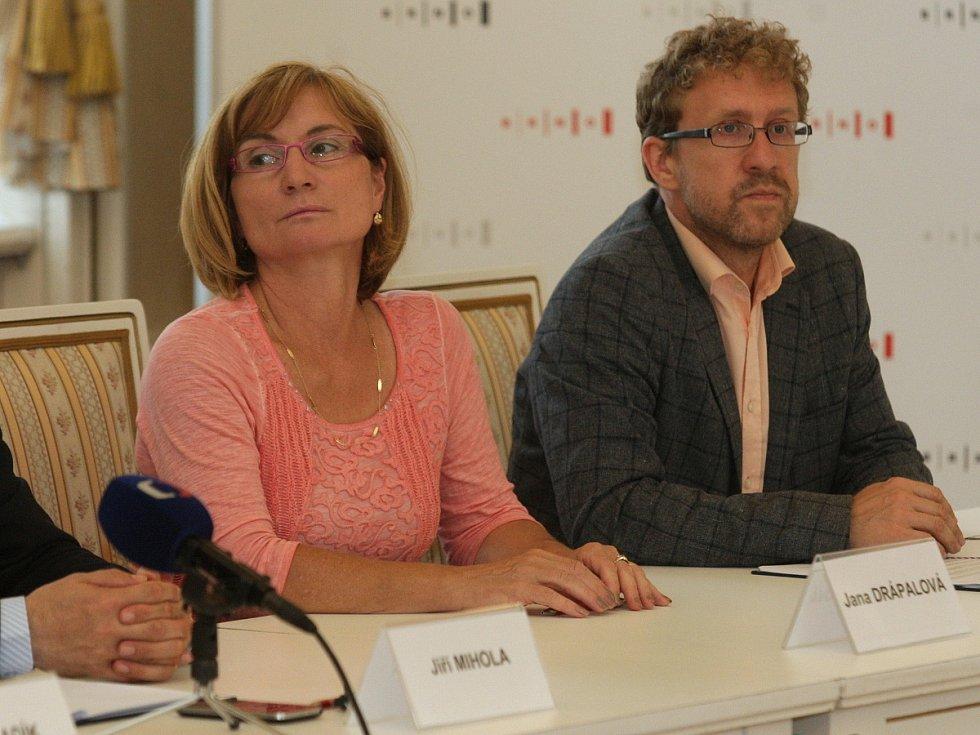 Jana Drápalová a Martin Ander ze Strany zelených.