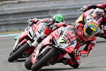 Mistrovství světa superbiků 2018 v Brně. Na snímku v čele Davies - GBR