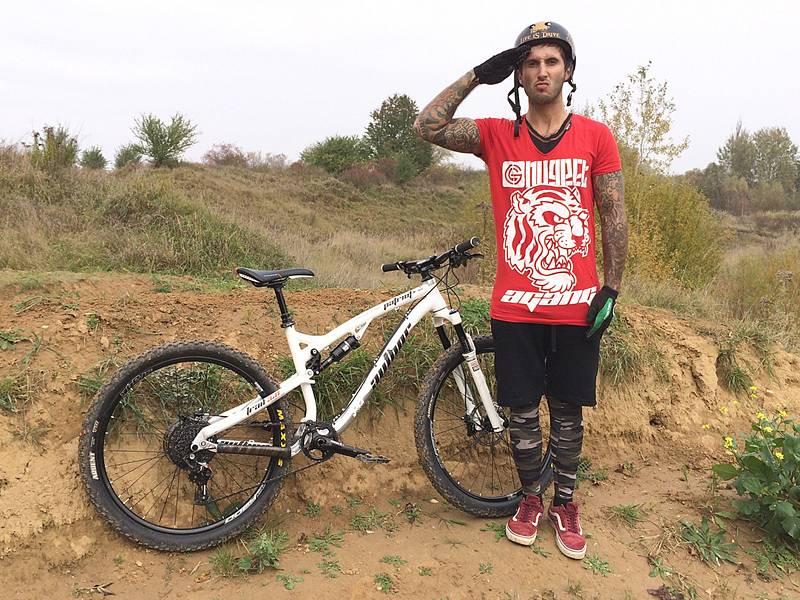 Damjan Siriški soupeří se závodníky, kteří jsou i o deset mladší, ale soutěže ho pořád baví.