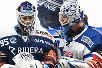 Hokejisté Komety vstupují do play-off po dlouhých letech bez Marka Čiliaka. Jeho výkony se pokusí napodobit Karel Vejmelka (na snímku vpravo).