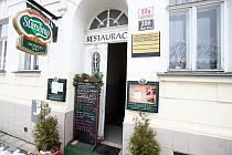 Brněnská restaurace Zbojnická izba.
