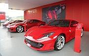 Na Masarykův okruh se o víkendu sjeli milovníci italské značky Ferrari.