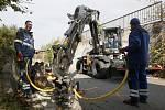 Havárie vody v ulici Porgesova v Brně
