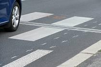 Mladá řidička srazila na přechodu v Jiráskově ulici v Jihlavě ženu. Ilustrační foto.