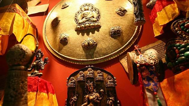 Výstava Šangri-la přibližuje historii a tradice Tibetu, Nepálu, Bhútánu a Indie.