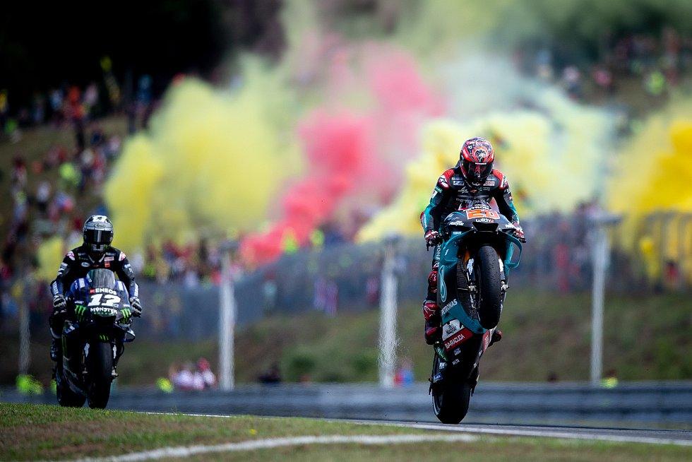 Závod mistrovství světa silničních motocyklů v Brně.