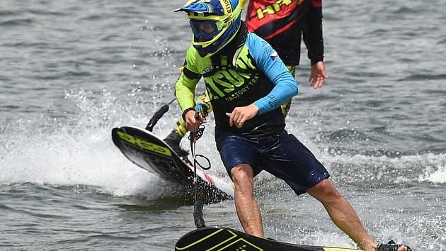 Závody seriálu MotoSurf WorldCup na Brněnské přehradě. Na snímku Jakub Kornfeil.
