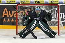 Hokejisté Komety Brno (v bílém) podlehli Mladé Boleslavi 0:2.