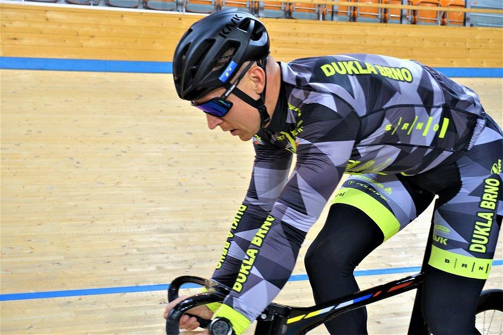 Dráhoví cyklisté brněnské Dukly (Tomáš Bábek) strávili další dva týdny na soustředění v Bulharsku.