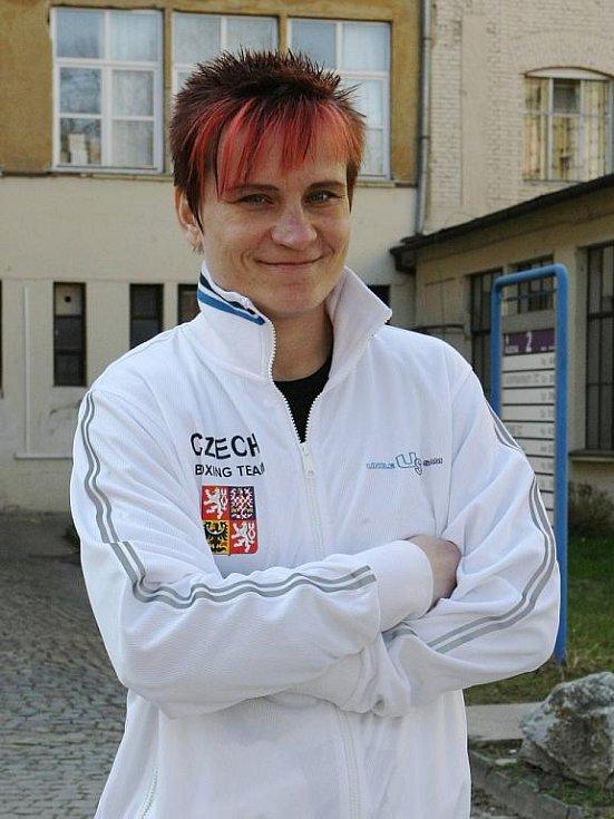 """Brněnská rodačka Šárka Stoklásková se setkávala s negativními reakcemi na ženu v ringu. Kariéru """"zakončila"""" českými nadávkami."""