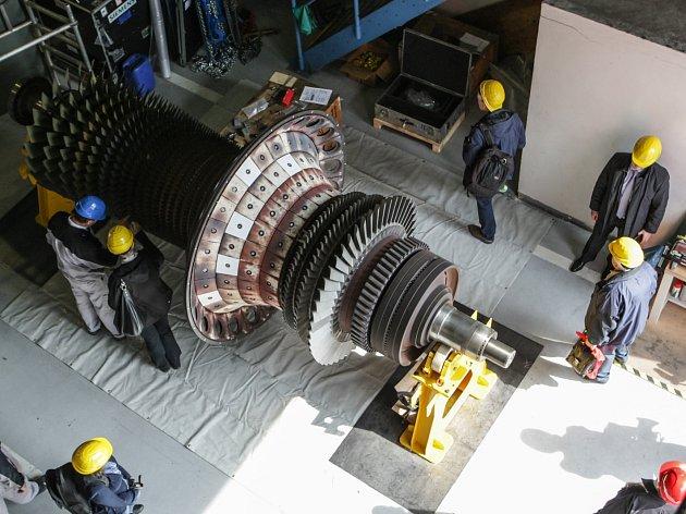 Teplárny Brno zahájily generální opravu spalovací turbíny v provozovně Červený mlýn.