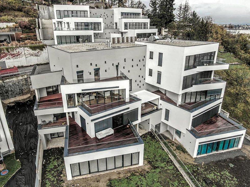 """Novostavba domů """"Viladomy Slunovrat"""" v Brně, 1. místo v kategorii Bytové stavby."""