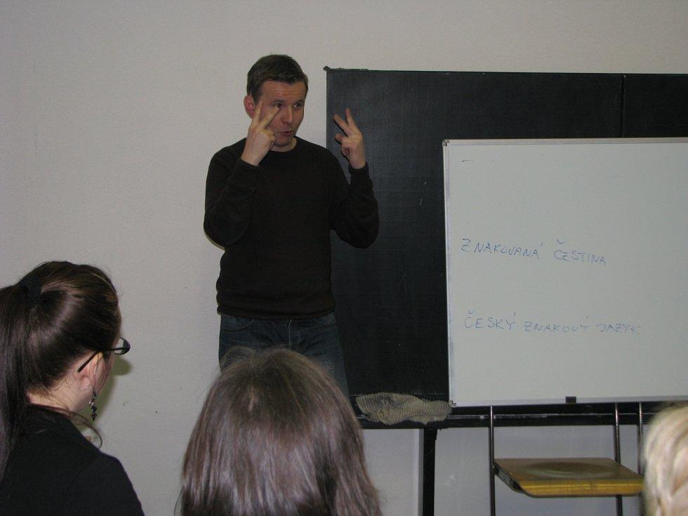 Takto vypadá znaková řeč.