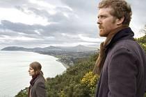 Společně Glen Hansard s Markétou Irglovou účinkovali v irském hudebním filmu Once z roku 2006, pro který složili a nahráli hudbu. Za romantickou píseň Falling Slowly z tohoto filmu získali Oscara za rok 2007.