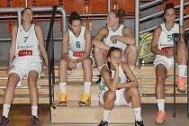 Ve středu se hráčky Valosunu sešly k týmovému focení.