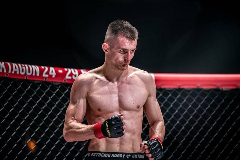 Brněnský MMA bojovník Andrej Kalašnik.