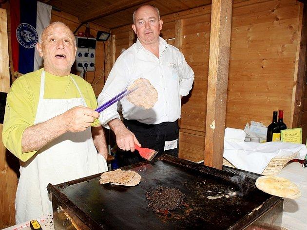 Za poznáním balkánských tradic a kuchyně se mohou Brňané vydat do Malé Ameriky u brněnského hlavního nádraží.