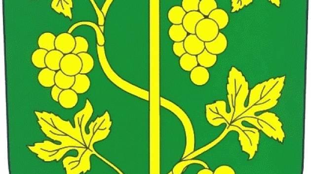 Znak Ostrovačic má vinařský motiv.