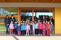 Děti ze třídy Včeličky, která je jedinou třídou školky MŠ Česká.