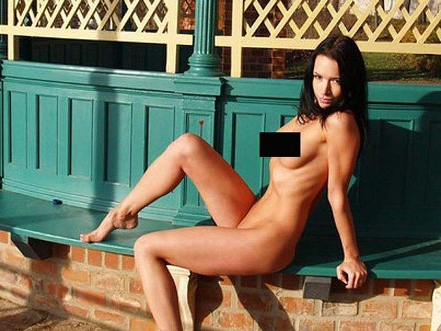 Dívka nahá pic