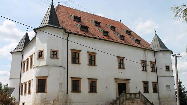 Po roce měli přízunivci historie opět možnost prohlédnout si prostory zámečku v Boskovštějně.