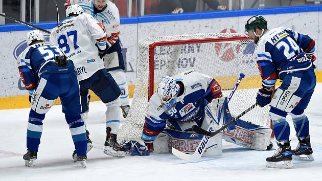 Brno 10.1.2021 - domácí HC Kometa Brno v modrém proti HC Plzeň v bílém