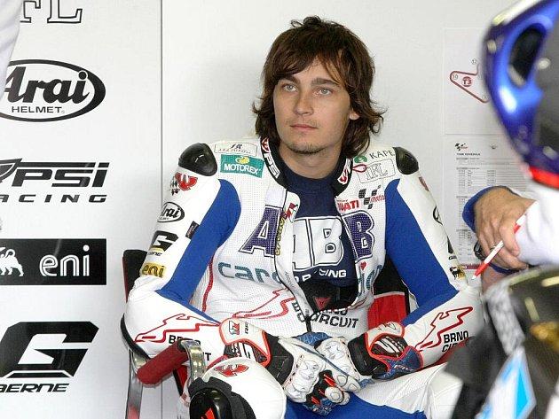 Karel Abraham na volném tréninku před závodem Velké ceny silničních motocyklů.