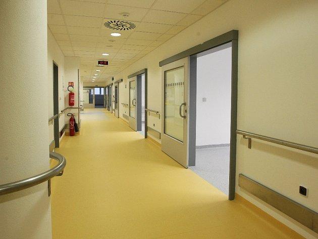 Nové prostory Mezinárodního centra klinického výzkumu ICRC v areálu Fakultní nemocnice u svaté Anny v Brně.