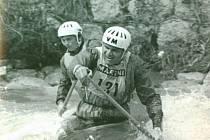 František Kadaňka (vepředu) s Antonínem Brabcem v kategorii C2.