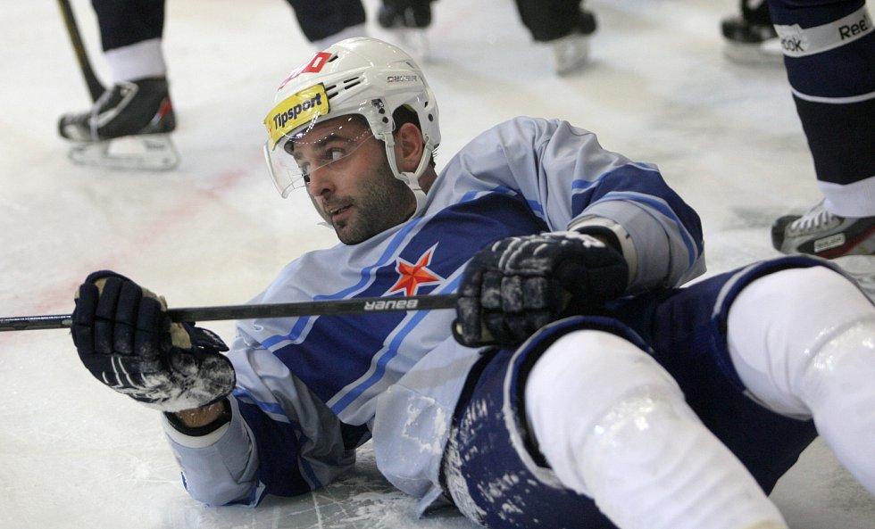 Extraligové utkání hokejové Komety s kladenskými Rytíři bylo hlavním programem oslav šedesátin brněnského klubu.