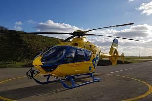 Do lesa u Mikulčic na Hodonínsku kromě sanitky mířil i vrtulník.