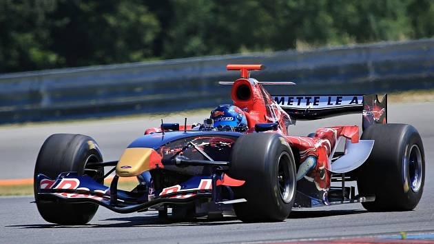 Masaryk Racing Days. Ingo Gerstl s monopostem Toro Rosso.