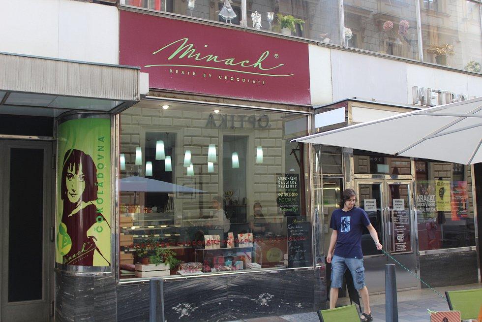 Čokoládovna Minach v Alfa pasáži.