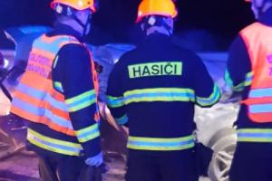 Smrtí jednoho člověka a zraněním dalšího skončila nehoda na dálnici D1, která se stala na 208. kilometru ve směru z Brna do Vyškova.