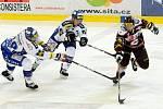 Hokejisté Komety v utkání s pražskou Spartou.