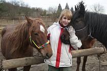 Majitelka s koňmi, které v pondělí blokovali dopravu v Královopolském tunelu.