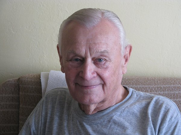 Otto Ferda, 83let, naposledy pracoval jako strojní zámečník vtřebíčských Západomoravských strojírnách, za války žil vTřebíči