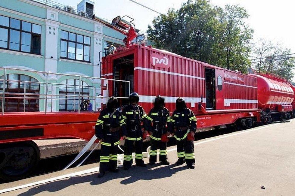 Lanžhotští hasiči mají požární vlak.