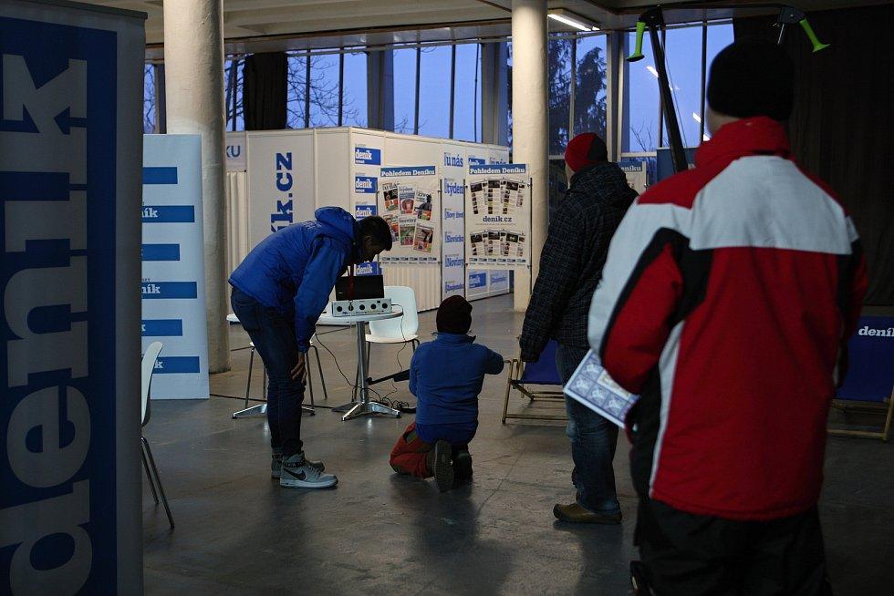 Návštěvníci zóny Deníku dostanou kávu nebo se mohou nechat vyfotit ve fotokoutku.