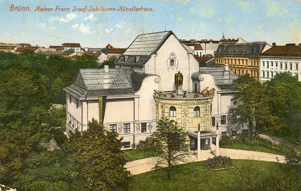 Dům umění oslavil 110 let od založení.