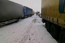 Nehoda na dálnici D1 u Tvarožné na Brněnsku.