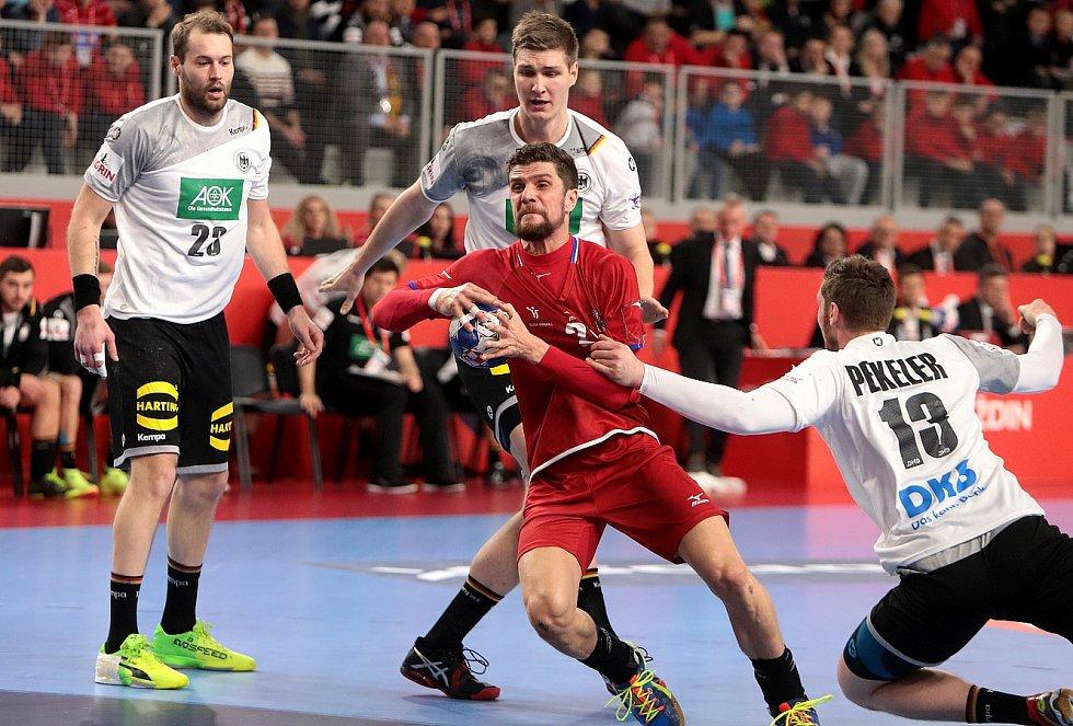 Čeští házenkáři hráli vyrovnaně s úřadujícími mistry Evropy. V prvním utkání čtvrtfinálové skupiny na mistrovství Evropy prohráli ve Varaždínu s Německem 19:22.