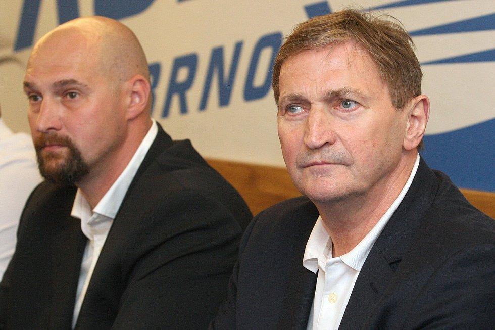 Novým trenérem Komety Brno se stal Alois Hadamczik.