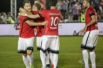 Český národní tým se čtyřmi Jihomoravany v sestavě vstoupil vítězně do evropského šampionátu v ukrajinském Kyjevě, když Turecko porazil 7:3.
