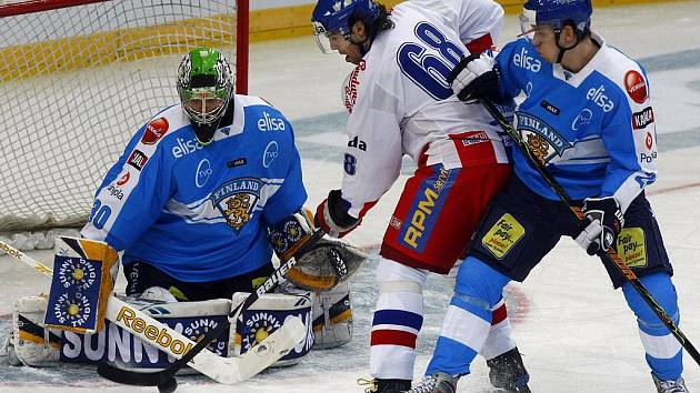 Česko v boji s Finskem na Euro Hockey tour v roce 2009.