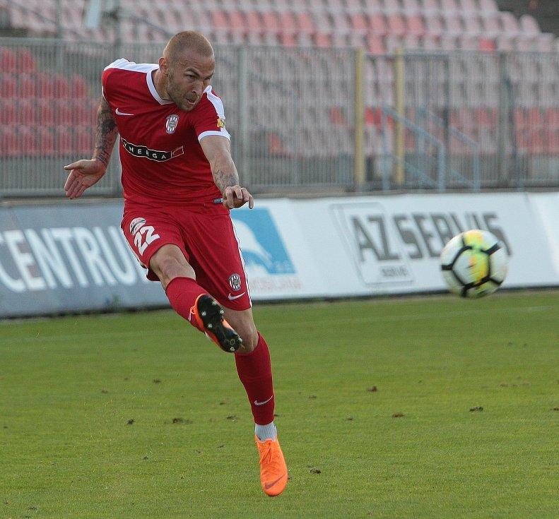 Zápas Zbrojovky proti MFK Vyškov. Na snímku Štepanovský (Brno)