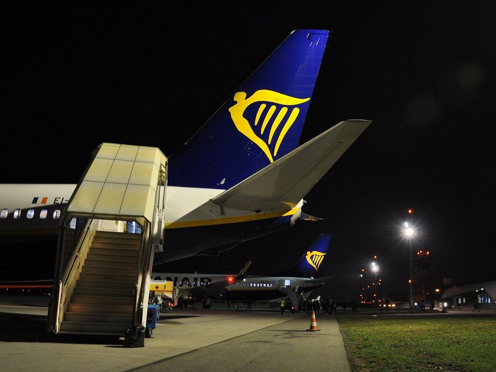 Letecká linka společnosti Ryanair na brněnském letišti v Tuřanech. Ilustrační foto.