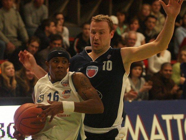 Basketbalista Pavel Beneš.